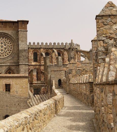 阿维拉古城堡