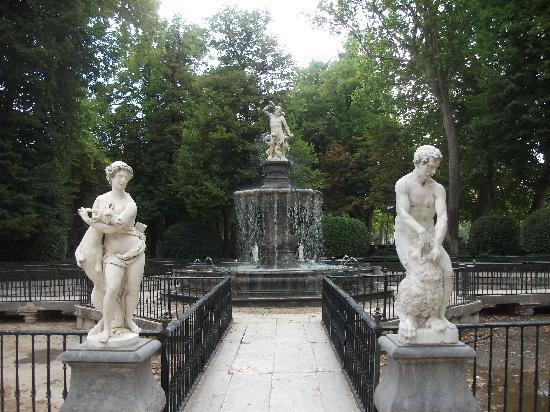 Fuente de Hércules e Hidra del Jardín de la Isla de Aranjuez